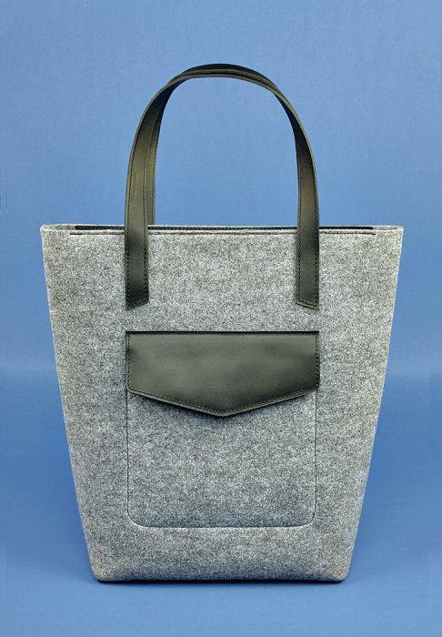 Фетровая сумка шоппер черного цвета