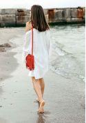 Фото Кожаная женская сумка с бахромой мини-кроссбоди Fleco красная
