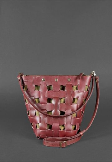 Кожаная плетеная женская сумка Пазл M бордовая Krast