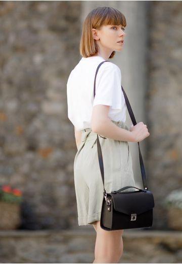 Женская кожаная сумка-кроссбоди Lola черная