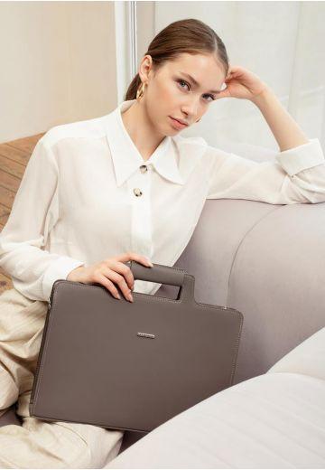 Женская кожаная сумка для ноутбука и документов темно-бежевая