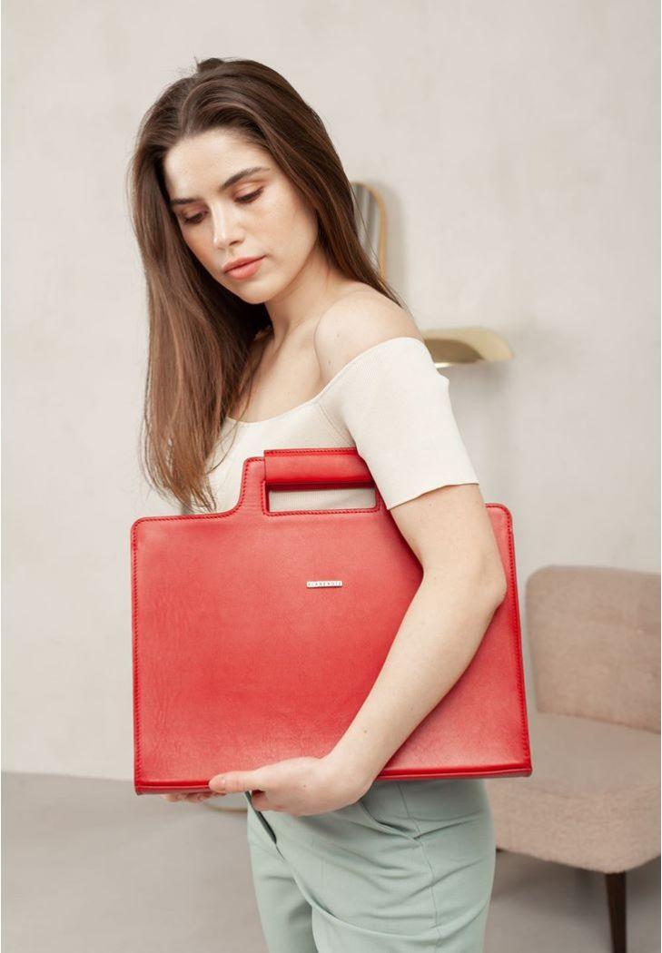 Фото Женская кожаная сумка для ноутбука и документов красная