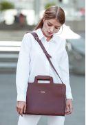Фото Женская кожаная сумка для ноутбука и документов бордовая