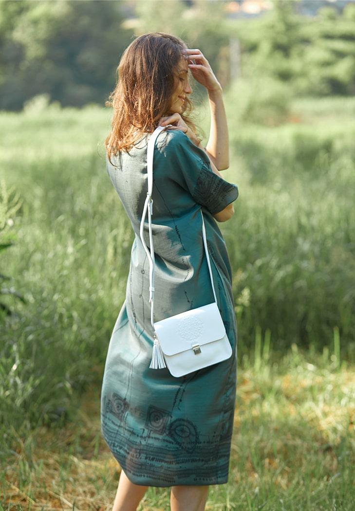 Фото Кожаная женская бохо-сумка Лилу белая