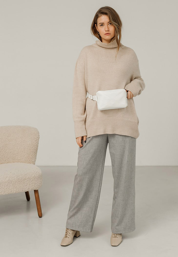 Фото Кожаная женская поясная сумка Dropbag Mini белая