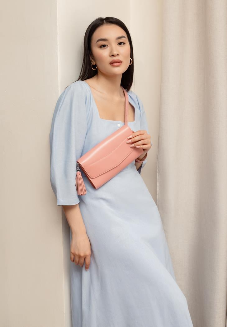 Фото Кожаная женская сумка Элис розовая