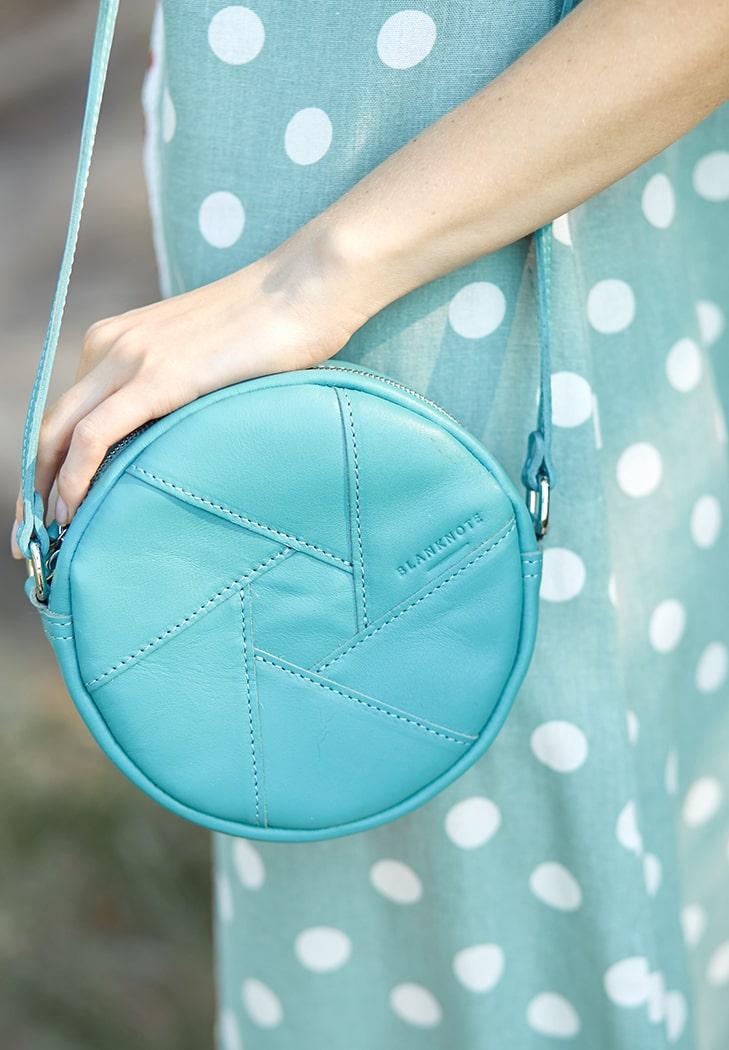 Фото Кожаная круглая женская сумка Бон-Бон бирюзовая