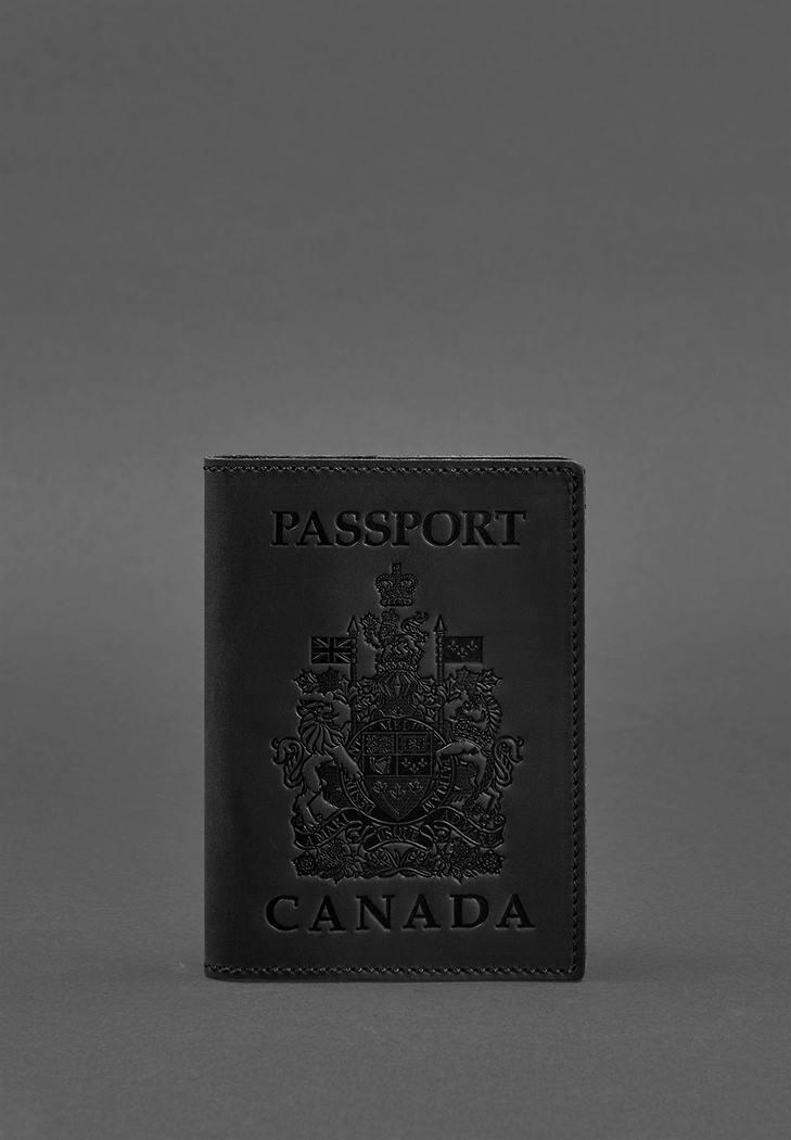 Фото Кожаная обложка для паспорта с канадским гербом черная Crazy Horse (BN-OP-CA-g-kr)
