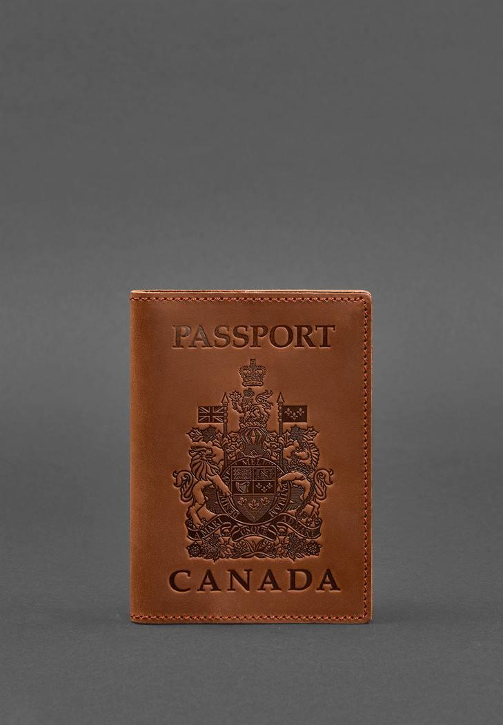 Фото Кожаная обложка для паспорта с канадским гербом светло-коричневая Crazy Horse (BN-OP-CA-k-kr)