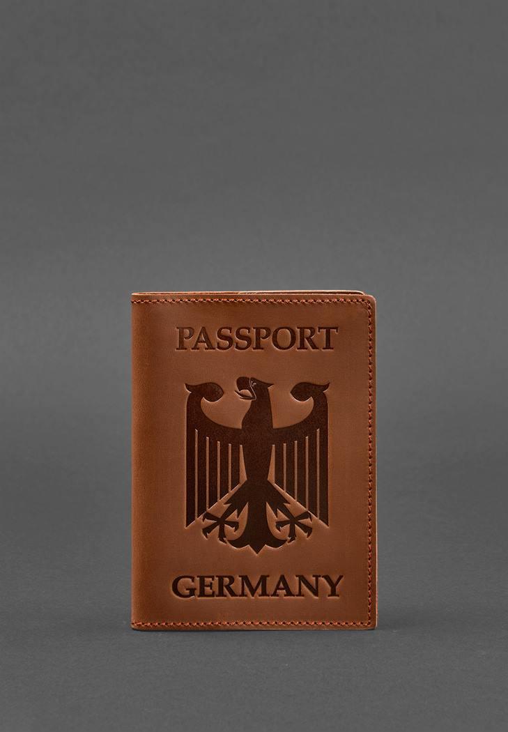 Фото Кожаная обложка для паспорта с гербом Германии светло-коричневая Crazy Horse (BN-OP-DE-k-kr)