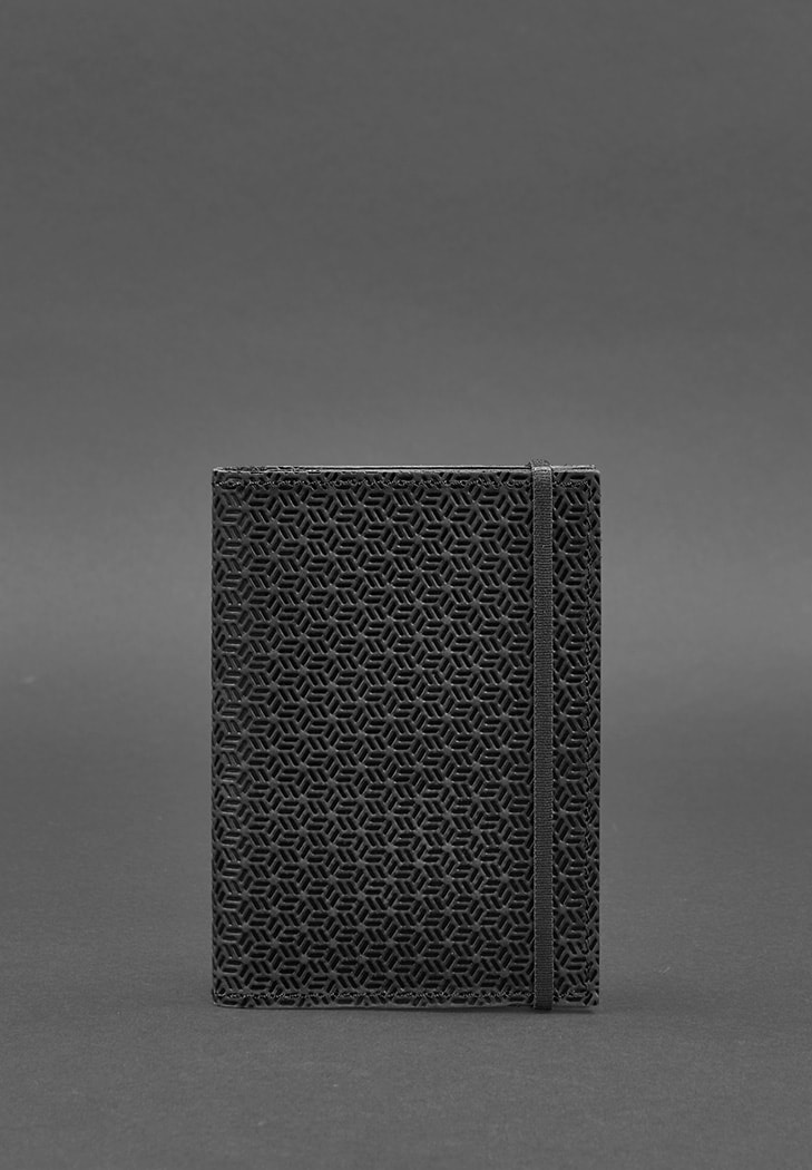 Фото Кожаная обложка для паспорта 2.0 Карбон черная