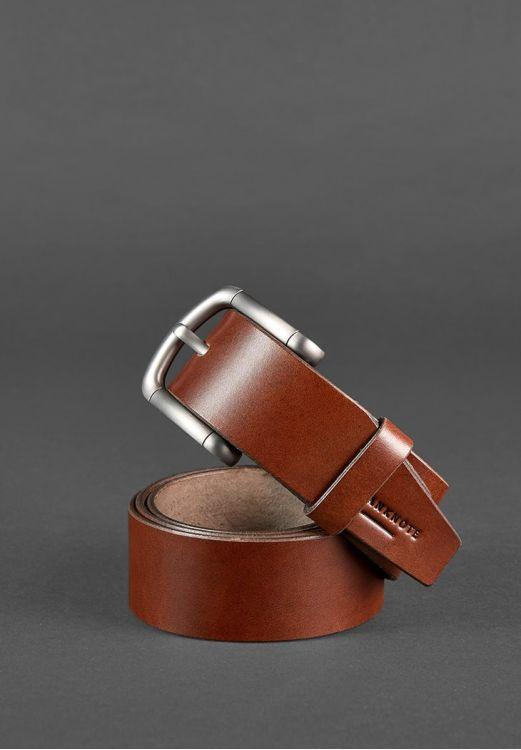 Мужской кожаный ремень коричневого цвета