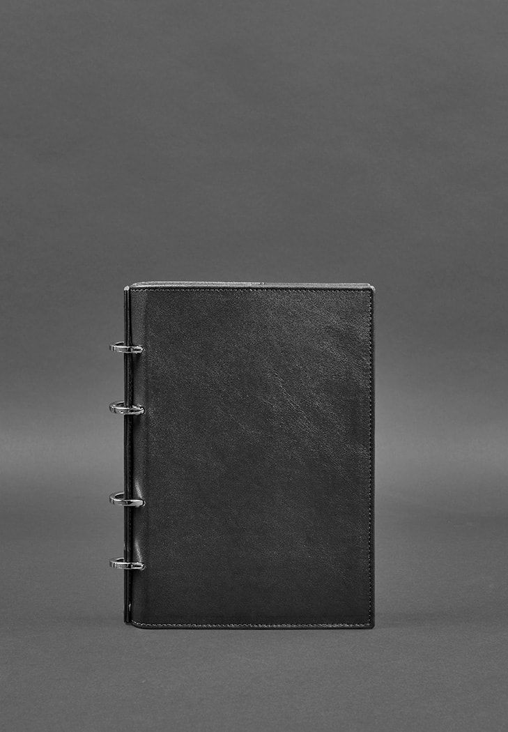Фото Кожаный блокнот на кольцах  9.0 с твердой черной обложкой