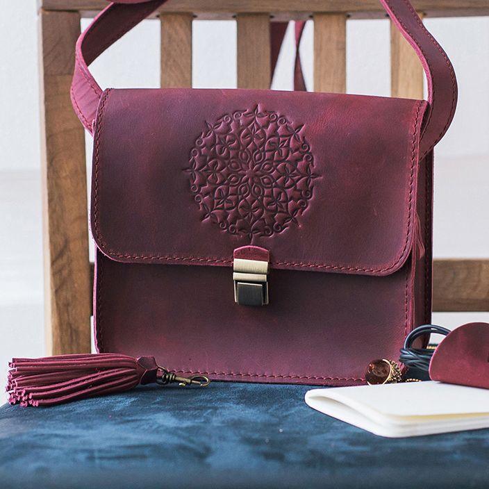 3447085cf743 Воздушностью и добротностью кожаные сумки украинского производителя