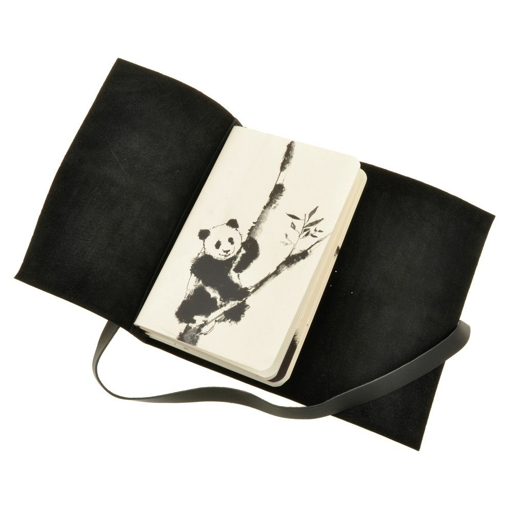 Софт-бук Панда: черно-белые зарисовки Фото 10